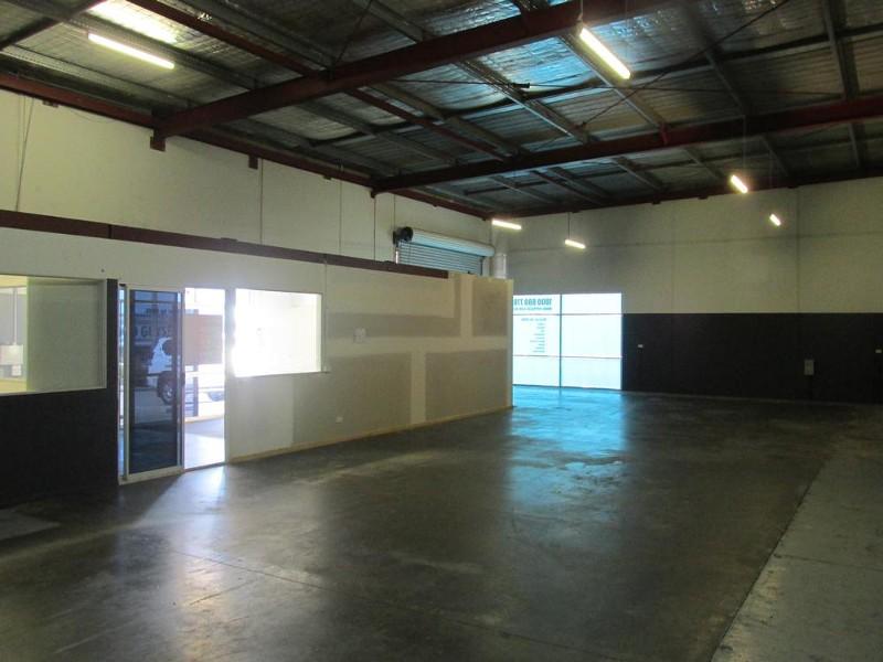 3/109 Beach Road, Pialba - Industrial Property for Lease in Pialba