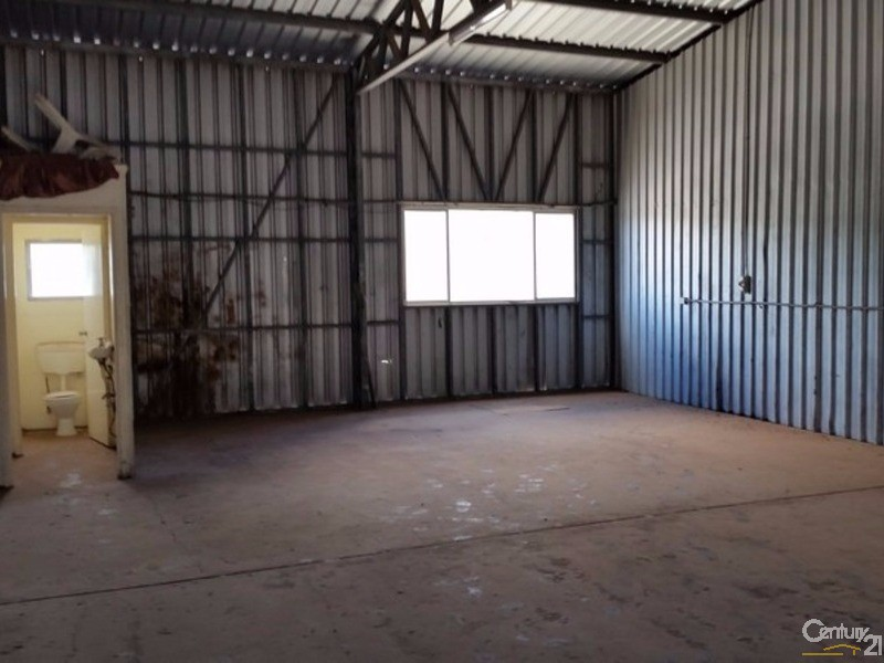 B3/84 Boat Harbour Drive, Pialba - Industrial Property for Lease in Pialba