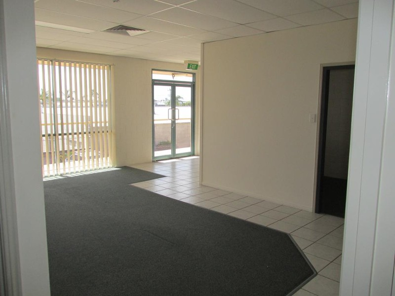 9/107 Boat Harbour Drive, Pialba - Office Space/Commercial Property for Lease in Pialba