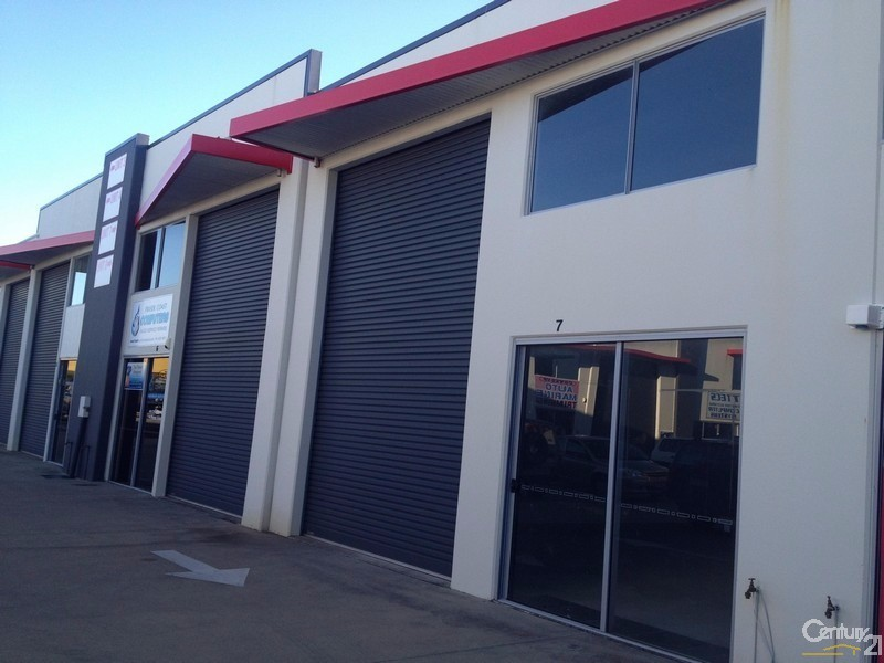 7/17 Liuzzi Street, Pialba - Industrial Property for Lease in Pialba