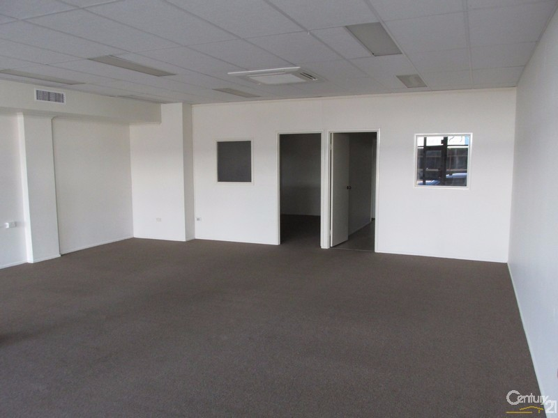 2/6 Torquay Road, Pialba - Medical/Consulting Property for Lease in Pialba