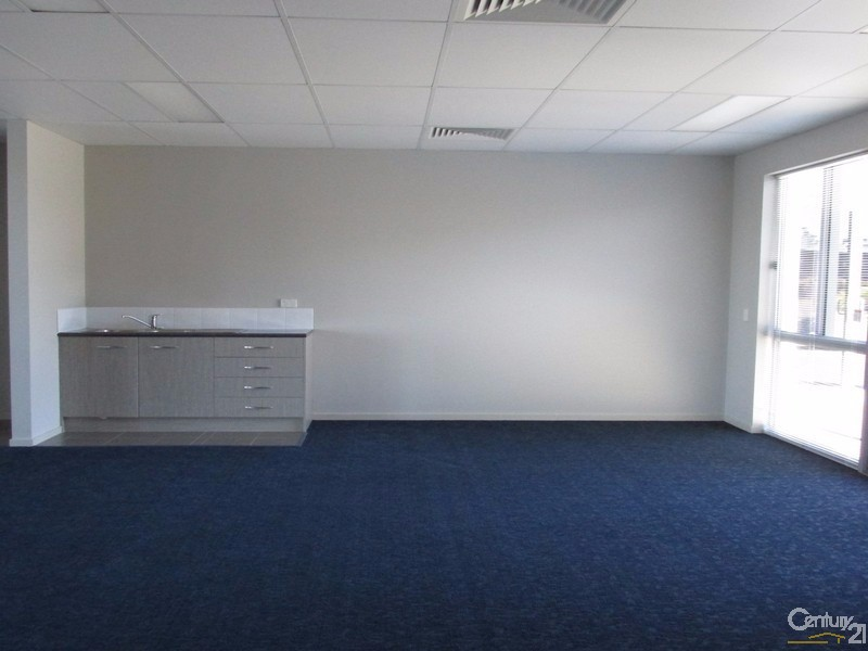 5/10 Liuzzi Street, Pialba - Office Space/Commercial Property for Lease in Pialba