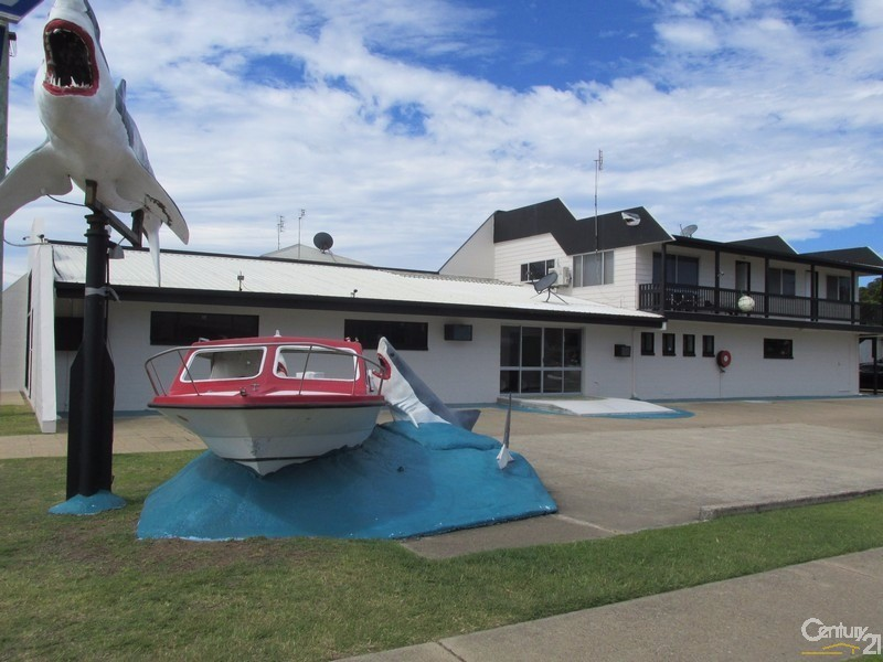 553 Esplanade, Urangan - Retail Property for Lease in Urangan