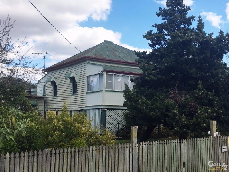 200 Jellicoe Street, Newtown - House for Sale in Newtown
