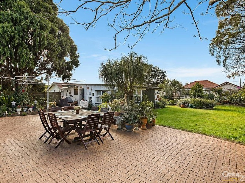 7 Wallace Street, Newtown - House for Sale in Newtown