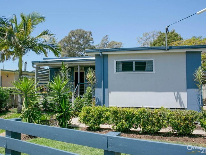34 Bellevue Parade, Lota - House for Sale in Lota