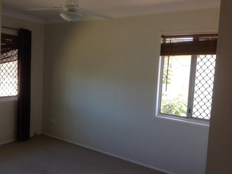 25 Moore Street, Logan Central - House for Rent in Logan Central