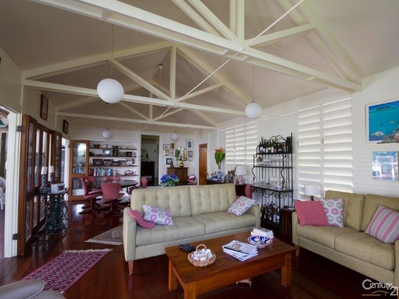 4 RUBY CLOSE , Port Douglas - House for Sale in Port Douglas