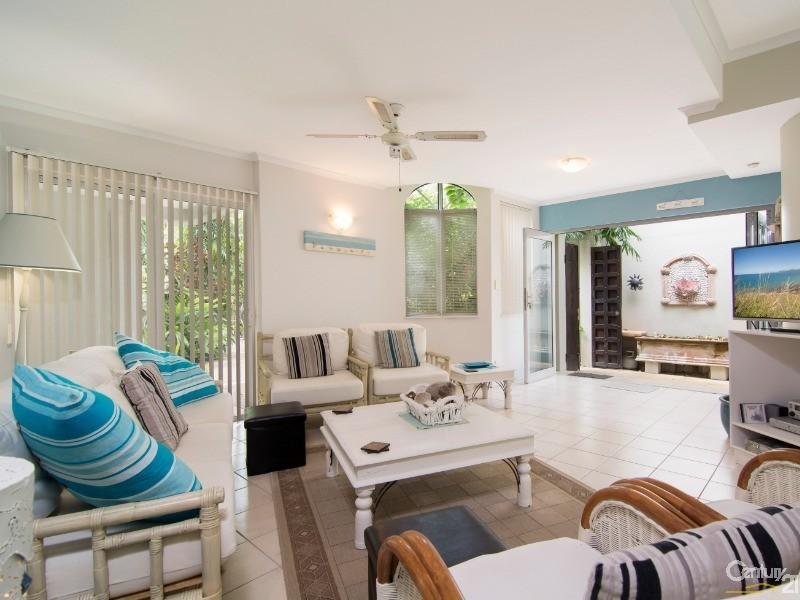 14 Sand Street , Port Douglas - Villa for Sale in Port Douglas