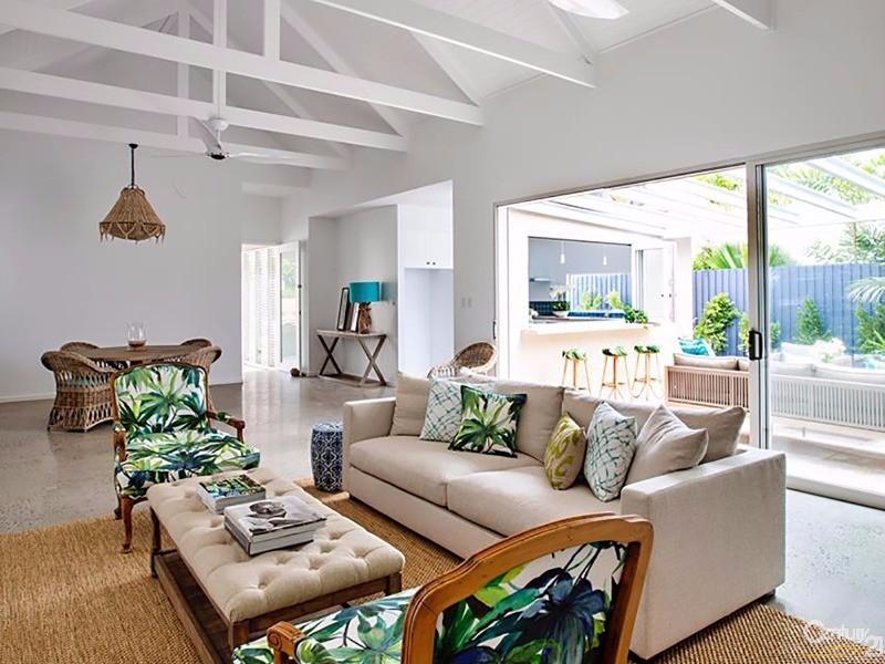 11 Craven Close , Port Douglas - House for Sale in Port Douglas