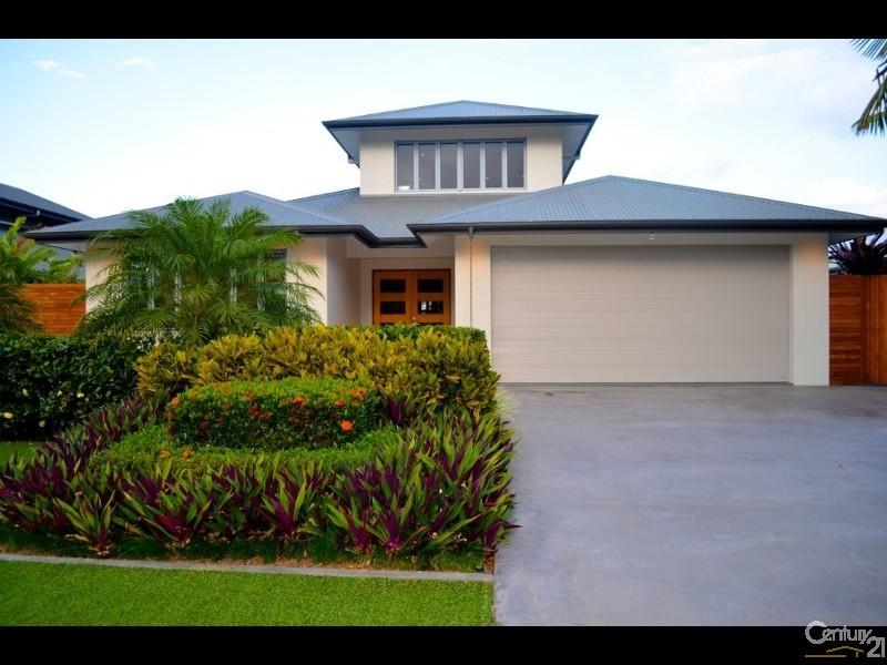 8 Cascade Drive , Port Douglas - House for Sale in Port Douglas