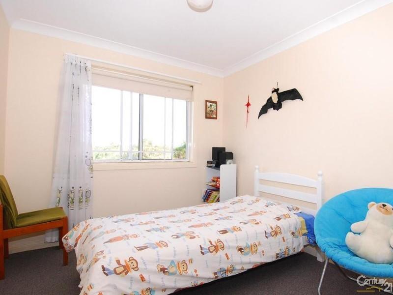 Bedroom - 30 Neale Avenue, Cherrybrook - House for Rent in Cherrybrook