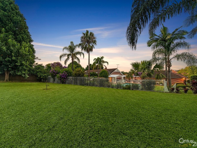 9 Governor Phillip Place, West Pennant Hills - House for Sale in West Pennant Hills