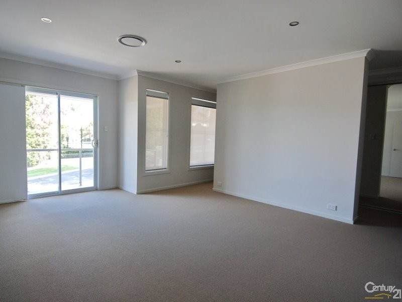 22 Blacks Road, West Pennant Hills - House for Rent in West Pennant Hills