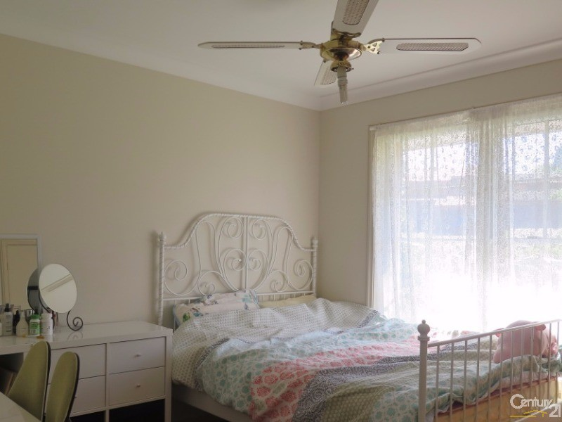 113 Shepherds Drive, Cherrybrook - House for Rent in Cherrybrook