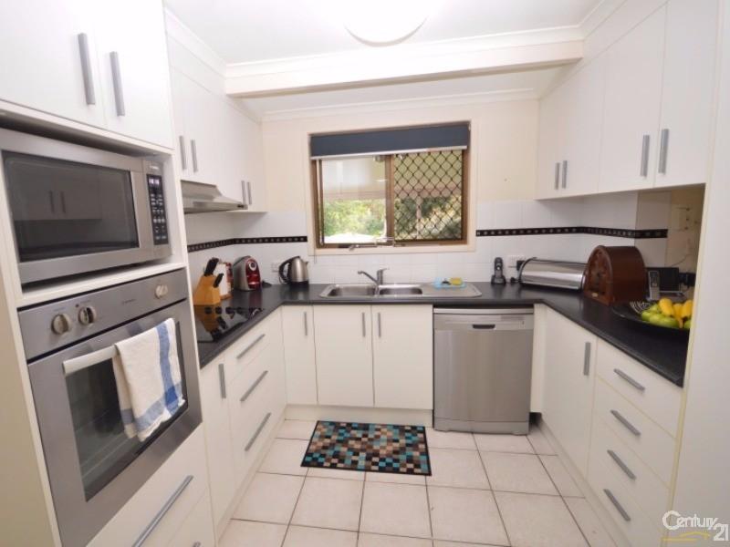 101 Avoca Street , Millbank - House for Sale in Millbank