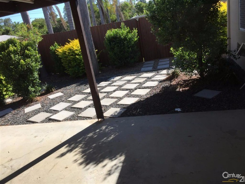 House for Rent in Avoca QLD 4670