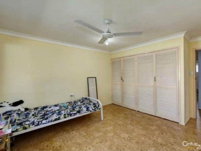 House for Sale in Kalkie QLD 4670