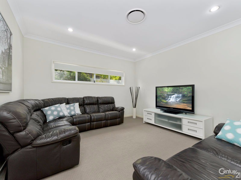 39 Kingfisher Drive, Upper Kedron - House for Sale in Upper Kedron