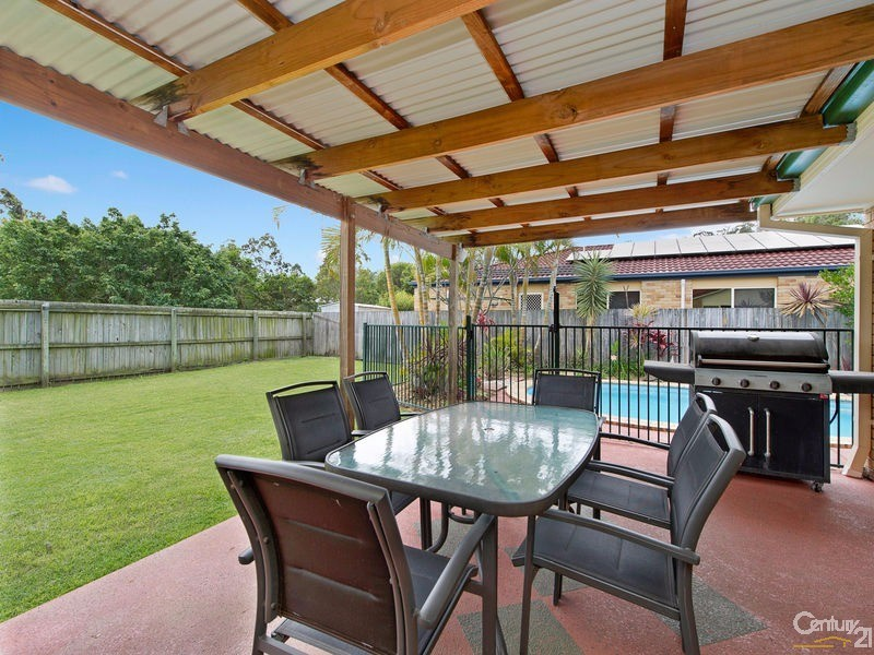 100 Kirralee Crescent, Upper Kedron - House for Sale in Upper Kedron