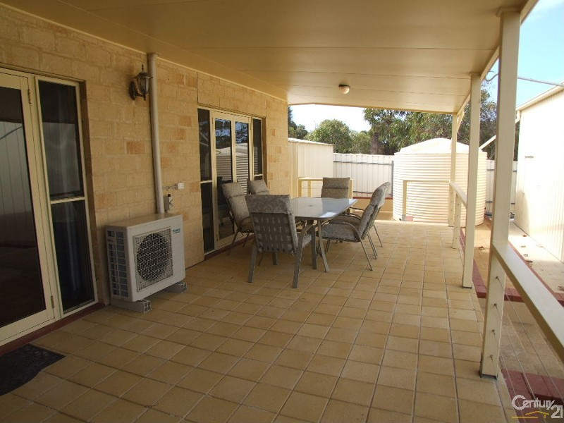 6 Rapid Rise, Kingscote - House for Sale in Kingscote