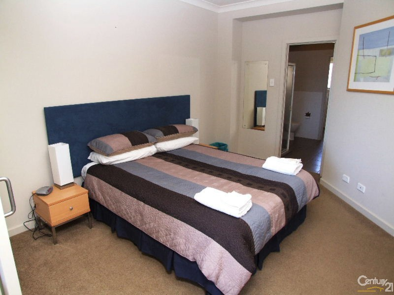 Downstairs Bedroom - 8/7 Kingscote Terrace, Kingscote - Apartment for Sale in Kingscote