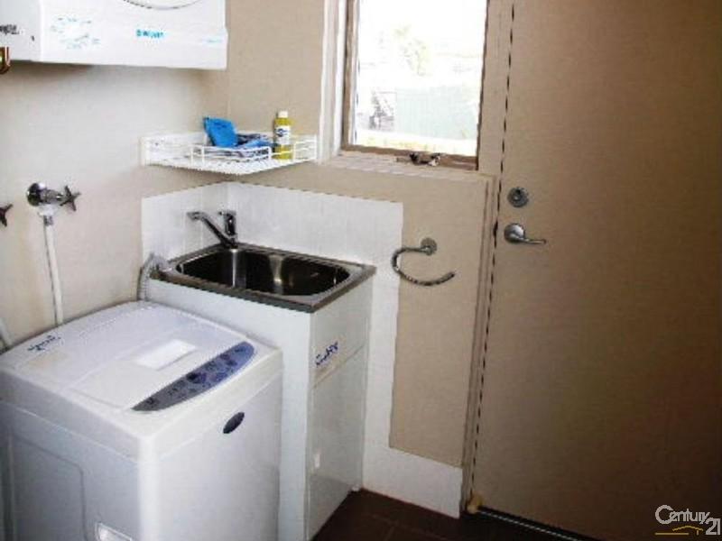 Laundry - 8/7 Kingscote Terrace, Kingscote - Apartment for Sale in Kingscote