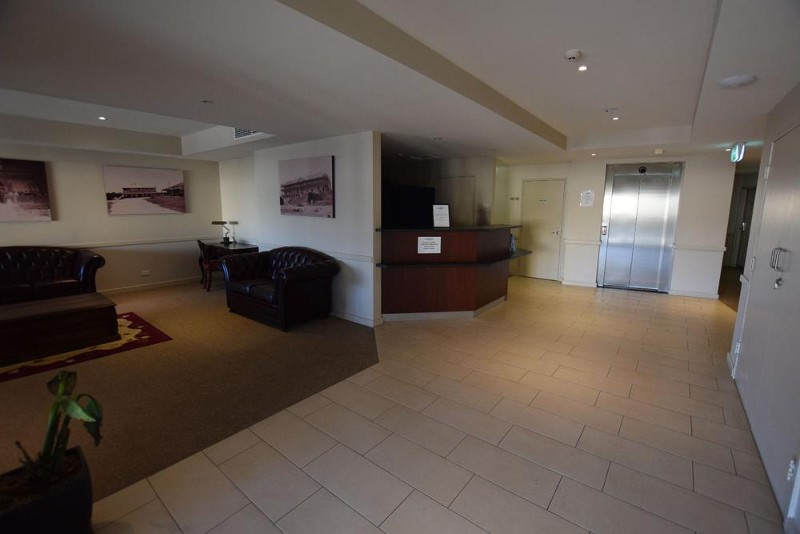 Foyer Entrance to Apartment Complex - Apartment No 304 Kingscote Terrace, Kingscote - Apartment for Sale in Kingscote