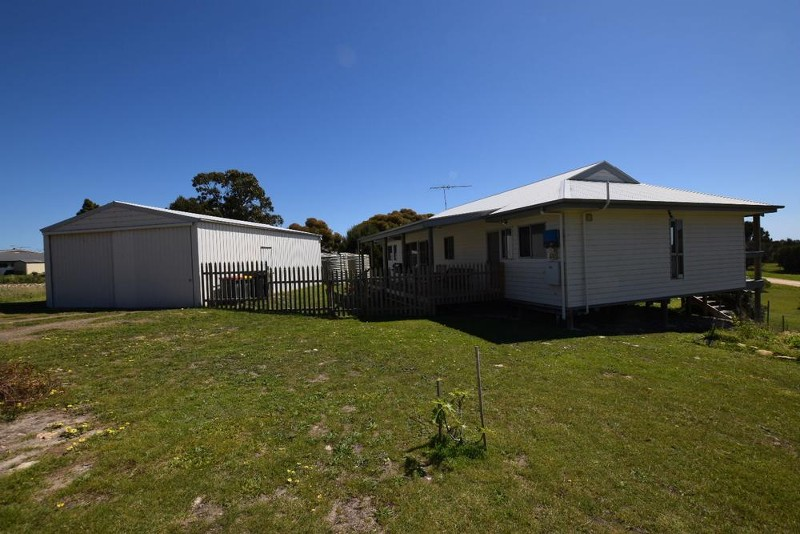 27 Riverside Drive, Baudin Beach - House for Sale in Baudin Beach