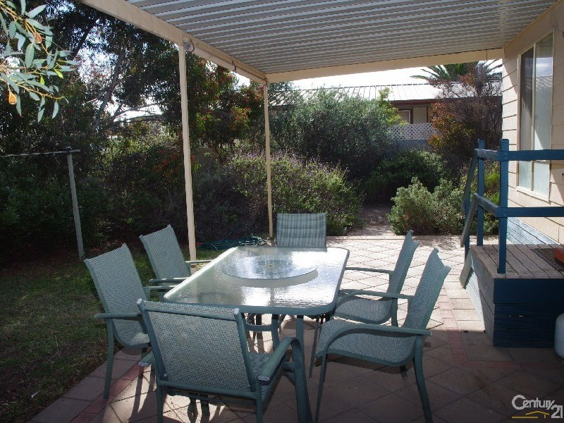 75 Coast Road, Moonta Bay - House for Sale in Moonta Bay