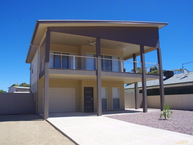 10 Moonta Road, Moonta Bay - House for Sale in Moonta Bay