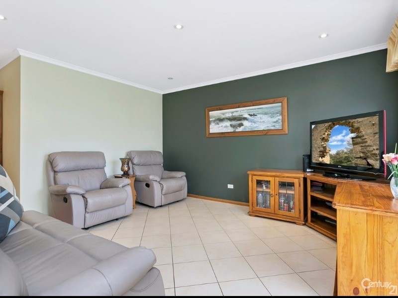 42 Banksia Crescent, Parafield Gardens - House for Sale in Parafield Gardens