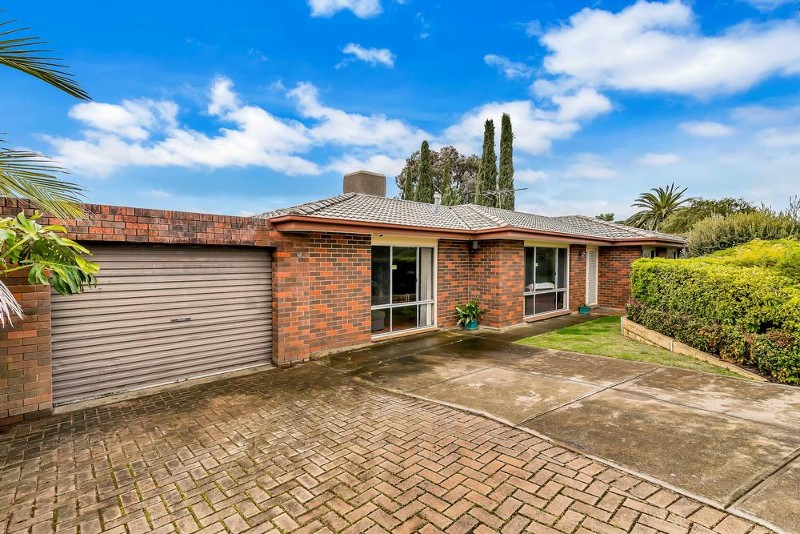 4 Moonyan Street, Surrey Downs - House for Sale in Surrey Downs