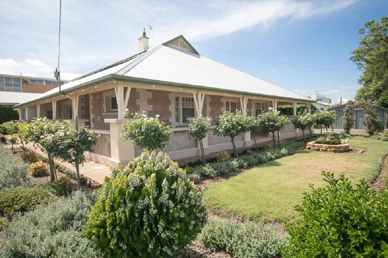 49 Fifth Street, Gladstone - House for Sale in Gladstone