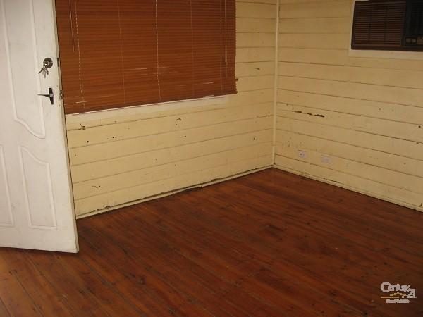 6 Poynton Street, Port Pirie - House for Rent in Port Pirie