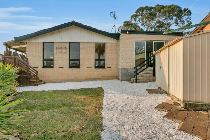 15 Trelawney Crescent, Huntfield Heights - House for Sale in Huntfield Heights