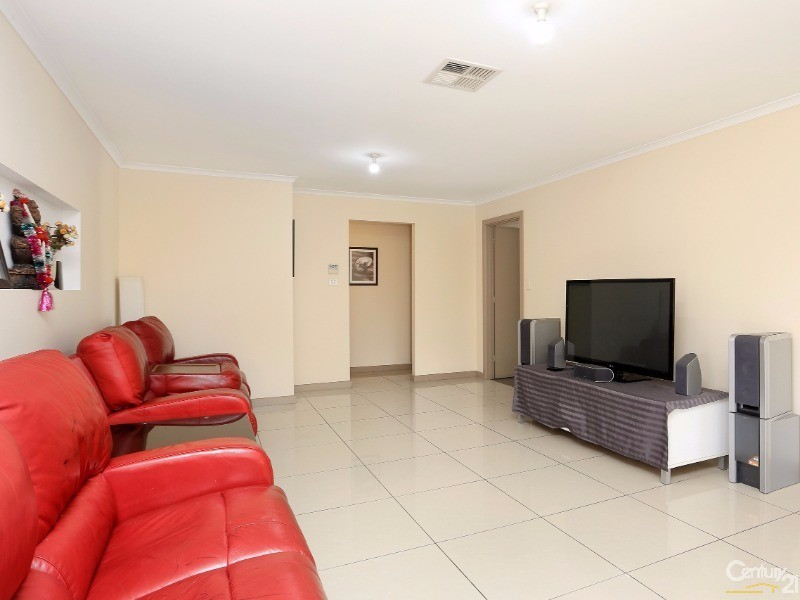 3 Oaks Court, Parafield Gardens - House for Sale in Parafield Gardens