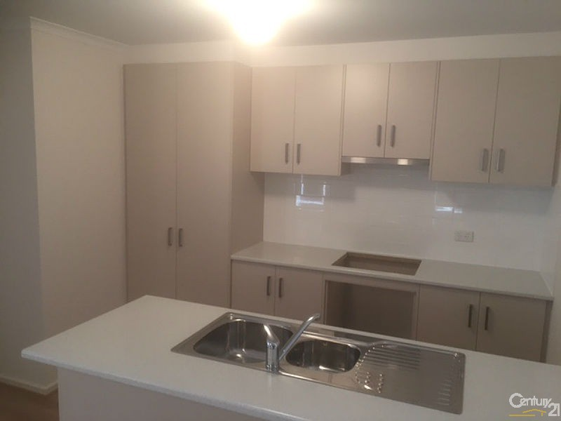 38 Fazzolari Circuit , Paralowie - House for Rent in Paralowie