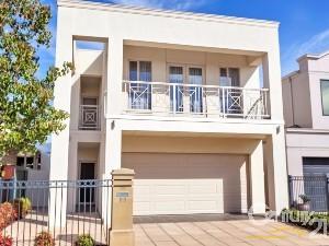 CENTURY 21 Golden Estates Property of the week