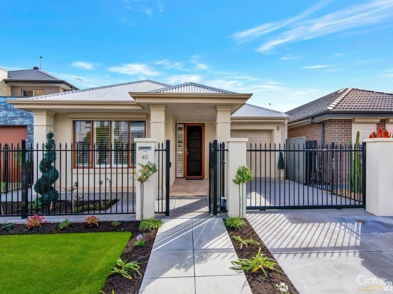 45 Nelson Crescent, Mawson Lakes - House for Sale in Mawson Lakes
