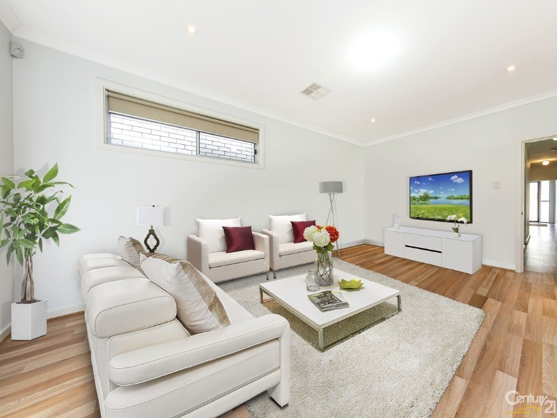 13 Wentworth Street, Mawson Lakes - House for Sale in Mawson Lakes