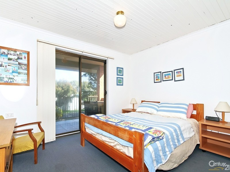 71 Whinnerah Avenue, Aldinga Beach - Holiday House Rental in Aldinga Beach