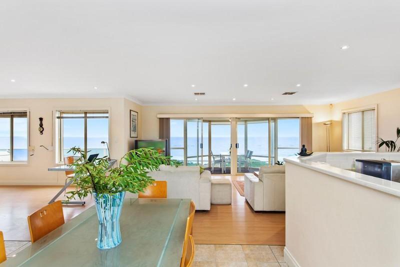 253 Esplanade, Aldinga Beach - Holiday House Rental in Aldinga Beach