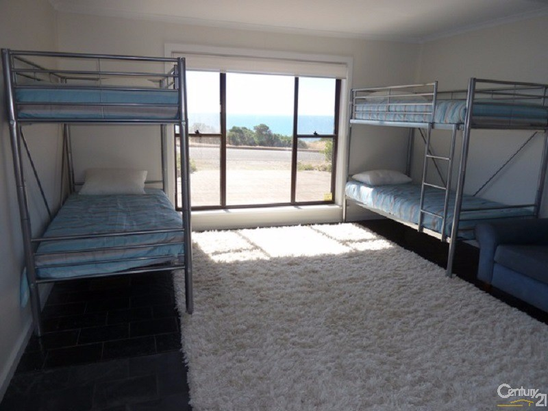 64 Esplanade, Sellicks Beach - Holiday House Rental in Sellicks Beach