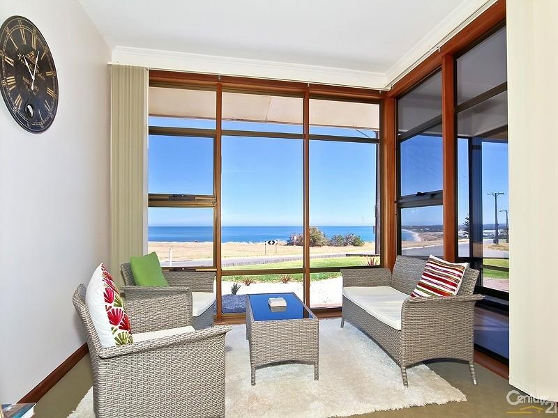Holiday House Rental in Sellicks Beach SA 5174