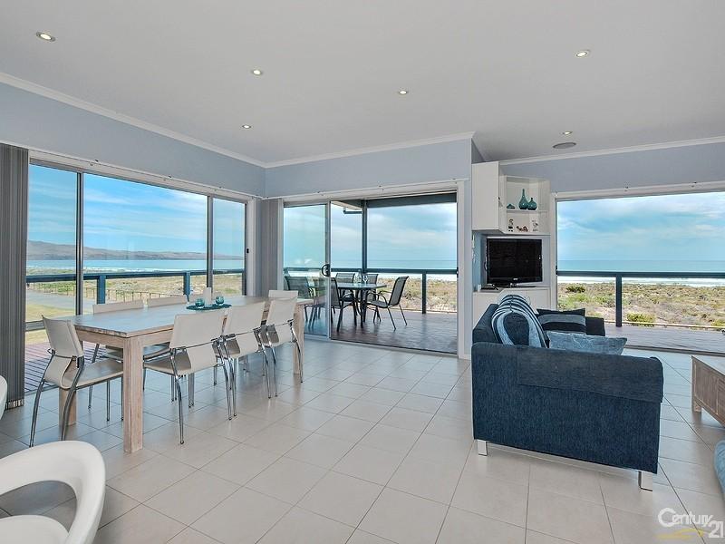 297 Esplanade, Aldinga Beach - Holiday House Rental in Aldinga Beach