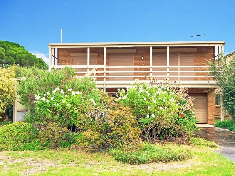 6 Seaborne Ave, Port Willunga - Holiday House Rental in Port Willunga