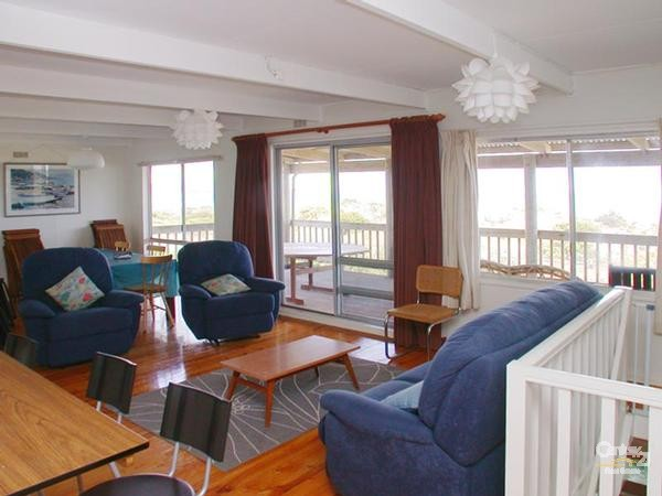 311 Esplanade, Aldinga Beach - Holiday House Rental in Aldinga Beach