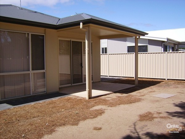 65 Gordon Street, Aldinga Beach - House for Rent in Aldinga Beach