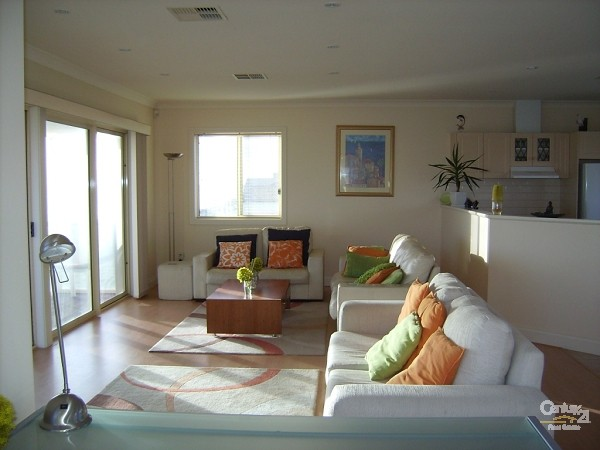 253 Esplanade, Aldinga Beach - Holiday House Rental in Aldinga Beach